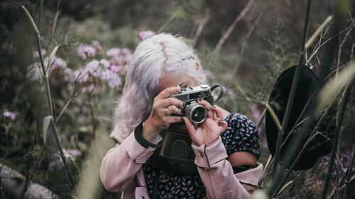 Autoportrait avec l'appareil hérité de ma grand-mère