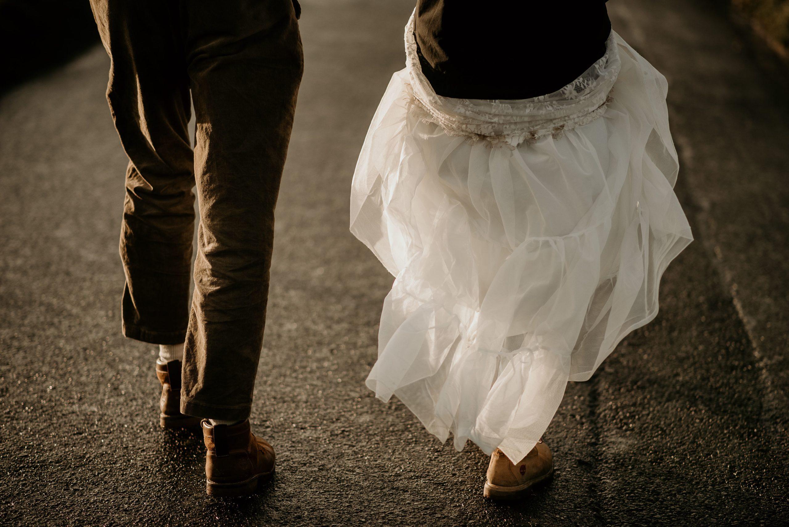 Couple elopment mariage intime