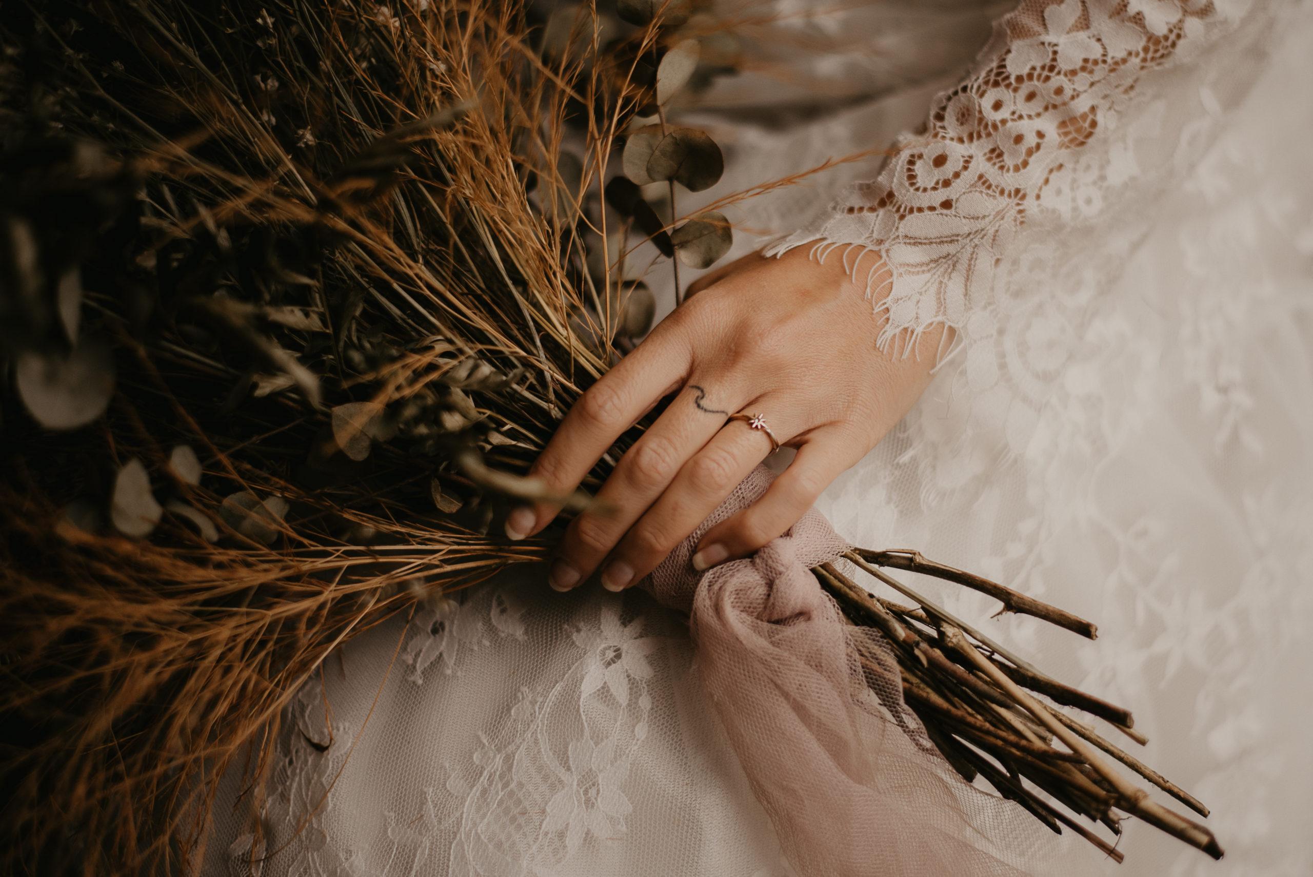 eirin wedding photographer natural elopement